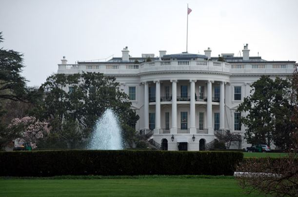 White House by Peter Griffin - Public DomainPictures.net